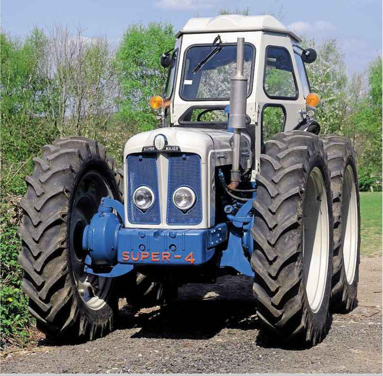 4 Door Tractor : Cooking up a storm vintage tractor woonky mobile